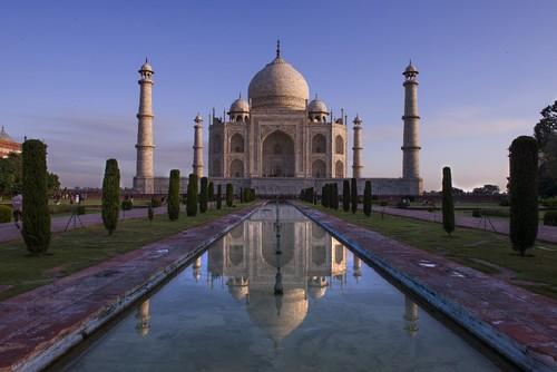 Taj Mahal _ Índia _ Sapo.jpg