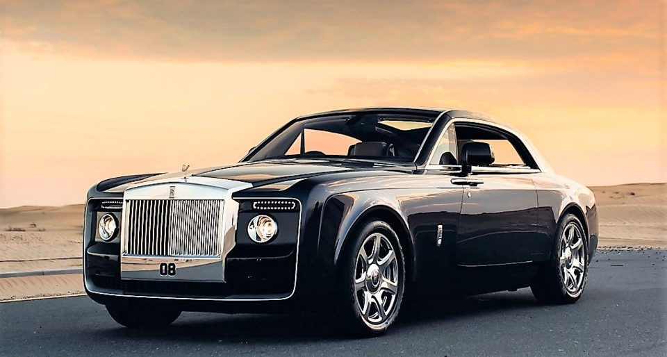 9tro-rolls-royce-sweptail-crowns-line-up-of-future
