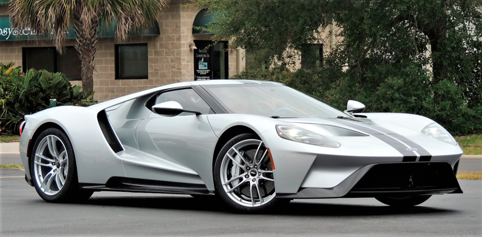 2017-Ford-GT.png