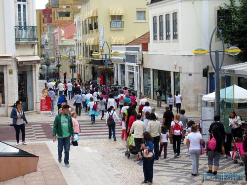 """Caminhada Solidária """"Coração Saudável, Coração Solidário"""" na Figueira da Foz - Rua Cândido dos Reis, Bairro Novo (2) [en] Solidarity walk in Figueira da Foz Portugal"""