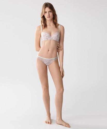 Oysho-lingerie-3.jpg