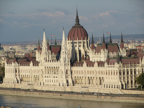 Parlamento visto do Bastião dos Pescadores - Budapeste