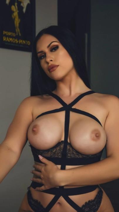Elizabeth Tate 4.jpg