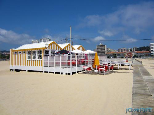 Bar de praia da Figueira da Foz #6 - Amarelo e branco (3) Beach Bar in Figueira da Foz