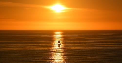 sunset-1961881_960_720.jpg