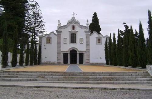 Fachada-do-Convento-dos-Capuchos-537x350.jpg