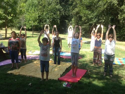Yoga saudação ao sol aula dada por Sónia Godinho