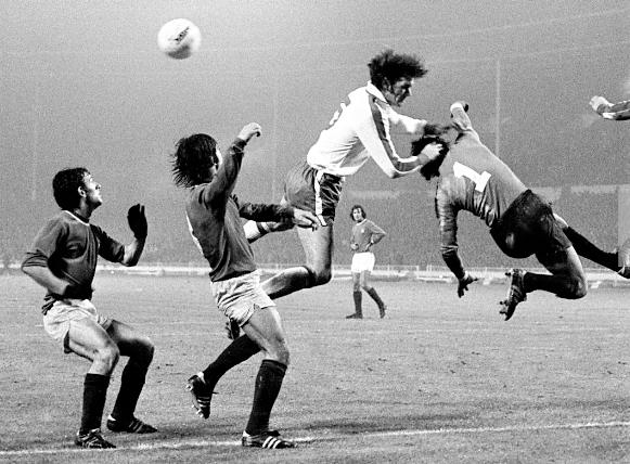 Inglaterra Portugal 20.11.1974.png