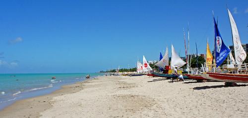 Praia Pajuçara - Maceió (Fonte: Wikimedia)