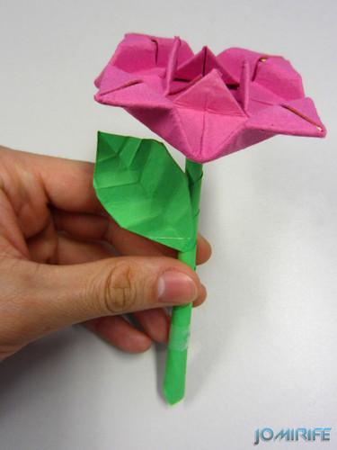 Origami flor rosa [en] Origami pink flower