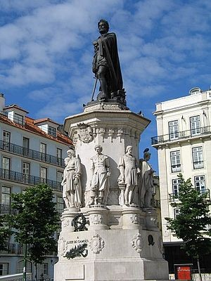 Estatua Camões Lisboa in. pt.wikipedia.JPG