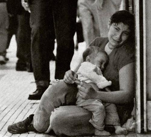Pobreza em portugal- ruas de lisboa- passos coelho