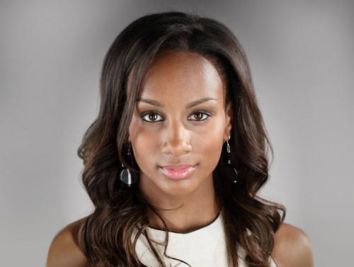 ... da SIC, em 2009/2010. Agora surge como actriz nesta novela angolana