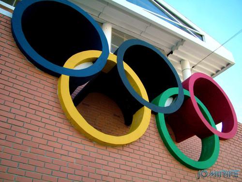 Anéis olímpicos - Pavilhão Municipal de Montemor-o-Velho (1) [en] Olympic Rings - Municipal gym of Montemor-o-Velho