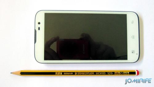 Smartphone/Tablet Bq Aquaris 5 - Comparada com lápis [en] Compared with pencil
