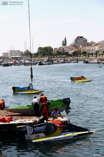 GP Motonautica (173) Grua F4 - Barcos na marina