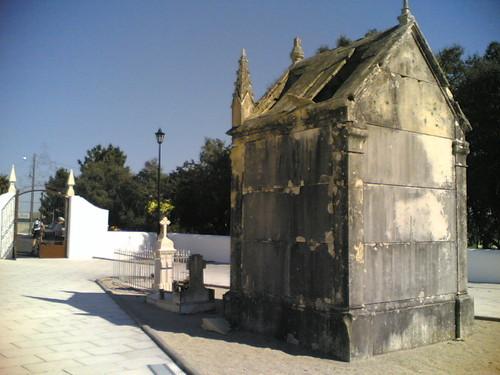 Construção degradada, Igreja São Miguel Arcanjo