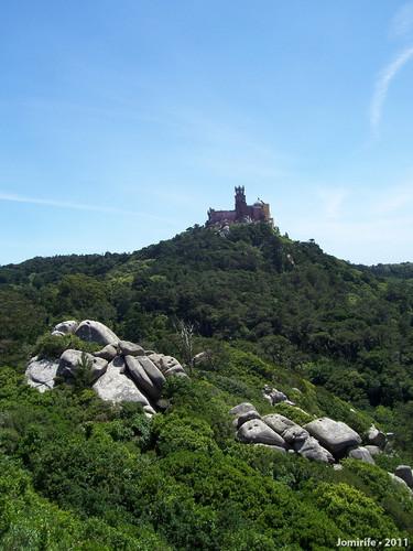 Sintra: Castelo dos Mouros - Vista para a Pena