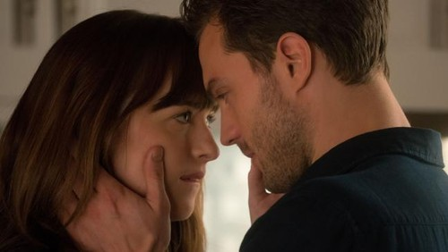 new-fifty-shades-freed-trailer-teases-wedding-1364