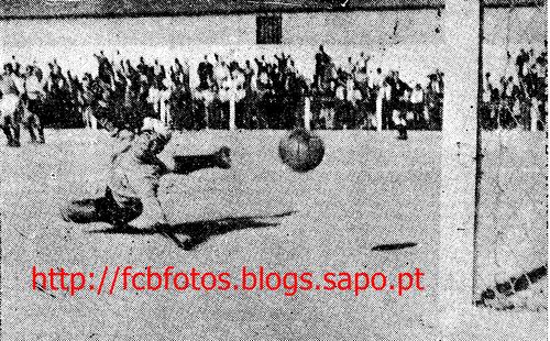 1955-56-fcb-braga-correia do fcb e passos do braga