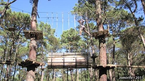 Parque Aventura: Pisar as cordas