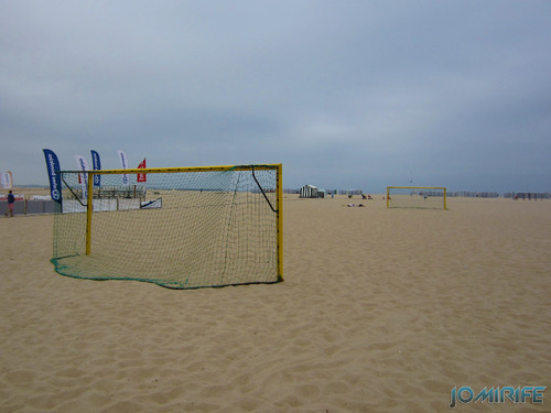 Campos de praia da Figueira da Foz / Buarcos #10 - Futebol na areia com balizas grandes (1) [en] Game fields on the beach of Figueira da Foz / Buarcos - Football in the sand with big goals