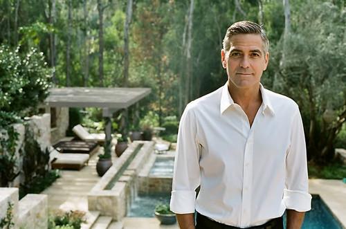 George Clooney na Primeira Casa da Rua.jpeg