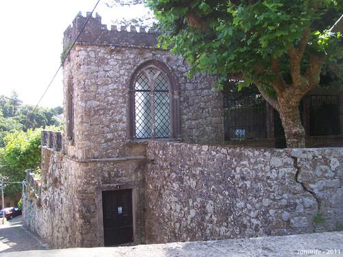 Casa em forma de castelo (Sintra)