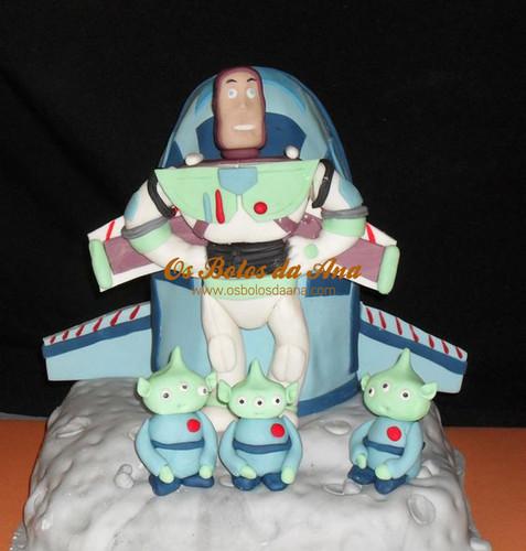 Bolo 3D Buzz Lightyear, Bolo Ovar, Cake Designers, Bolos Artisticos, Model Cakes, Bolos Decorados, Bolo Artistico, Bolos Da Ana, Bolos Crianca, Bolos de Aniversário, Bolos Buzz Lightyear, Os Bolos da Ana, Bolo Aveiro, Bolos Ovar, Bolos Toy Story, Bolo S Joao da Madeira, Bolo Ana, Crianças