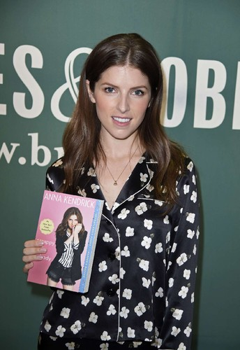 Anna-Kendrick-at-Barnes-and-Noble-to-promote-her-n