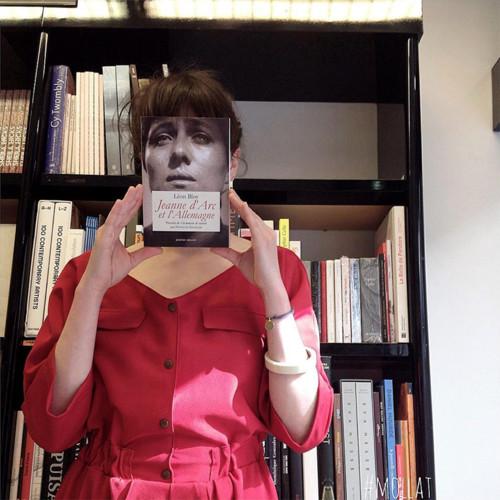 librairie-mollat-book-cover-instagram-designboom-0