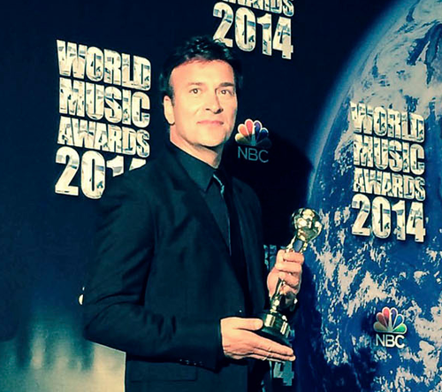 ony Carreira vence WORLD MUSIC AWARD