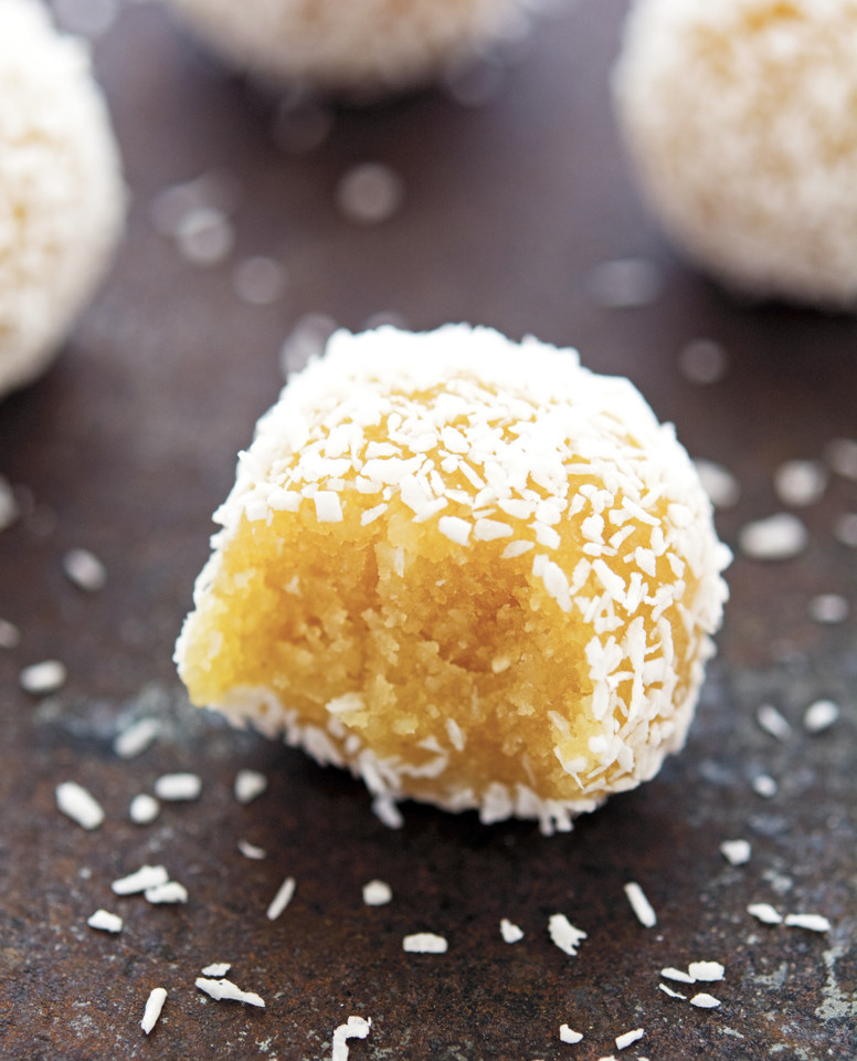 (No-Bake)-Coconut-Lemon-Meltaway-Balls-(2).jpg