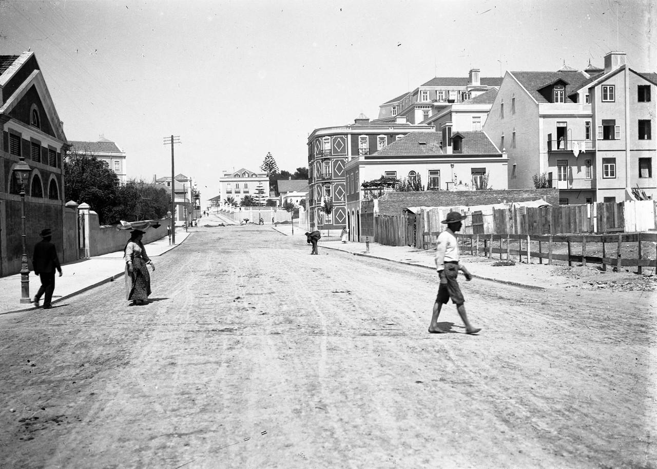 Estr. das Picoas, Lisboa (A. C. Lima, c. 1900)