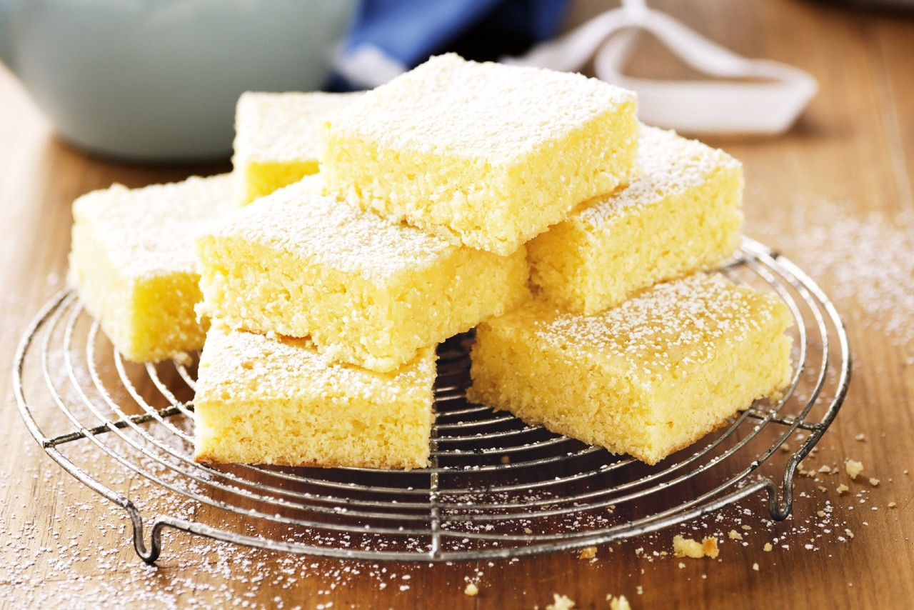 lemon-and-coconut-brownies-80675-1.jpeg