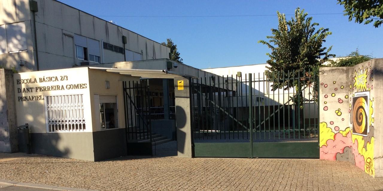 Escola Antonio Ferreira Gomes.jpg