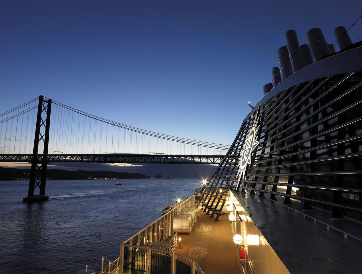 MSC Cruzeiros-Lisboa-resized.jpg