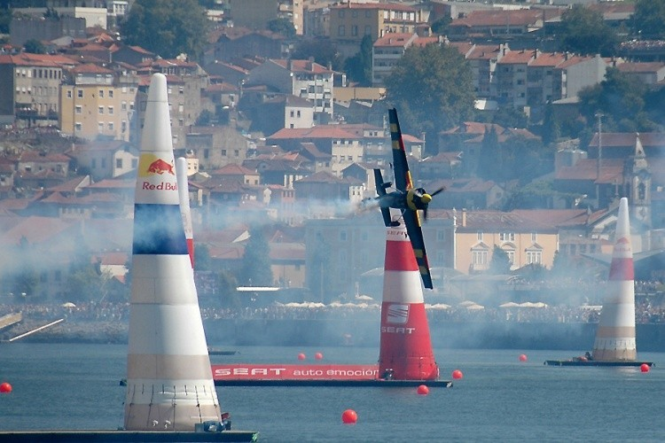 red-bull-air-race-2017-no-porto.jpg
