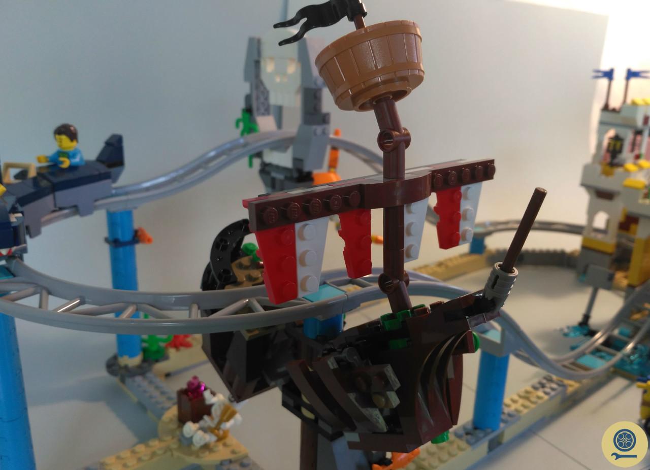 31084 Pirate Roller Coaster (12).jpg