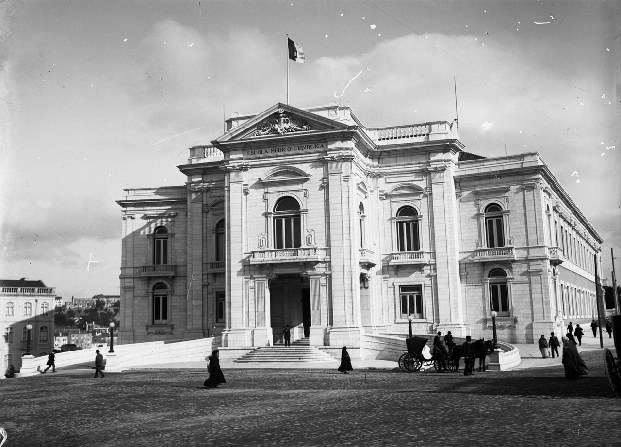 Escola Médica, ant. 1910, foto de José Chaves Cr