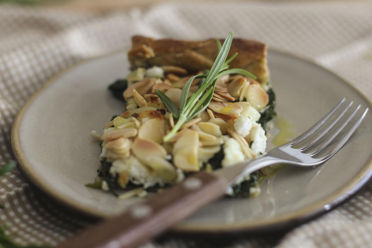 tarte-amendoa-espinafres-requeijao_4.jpg