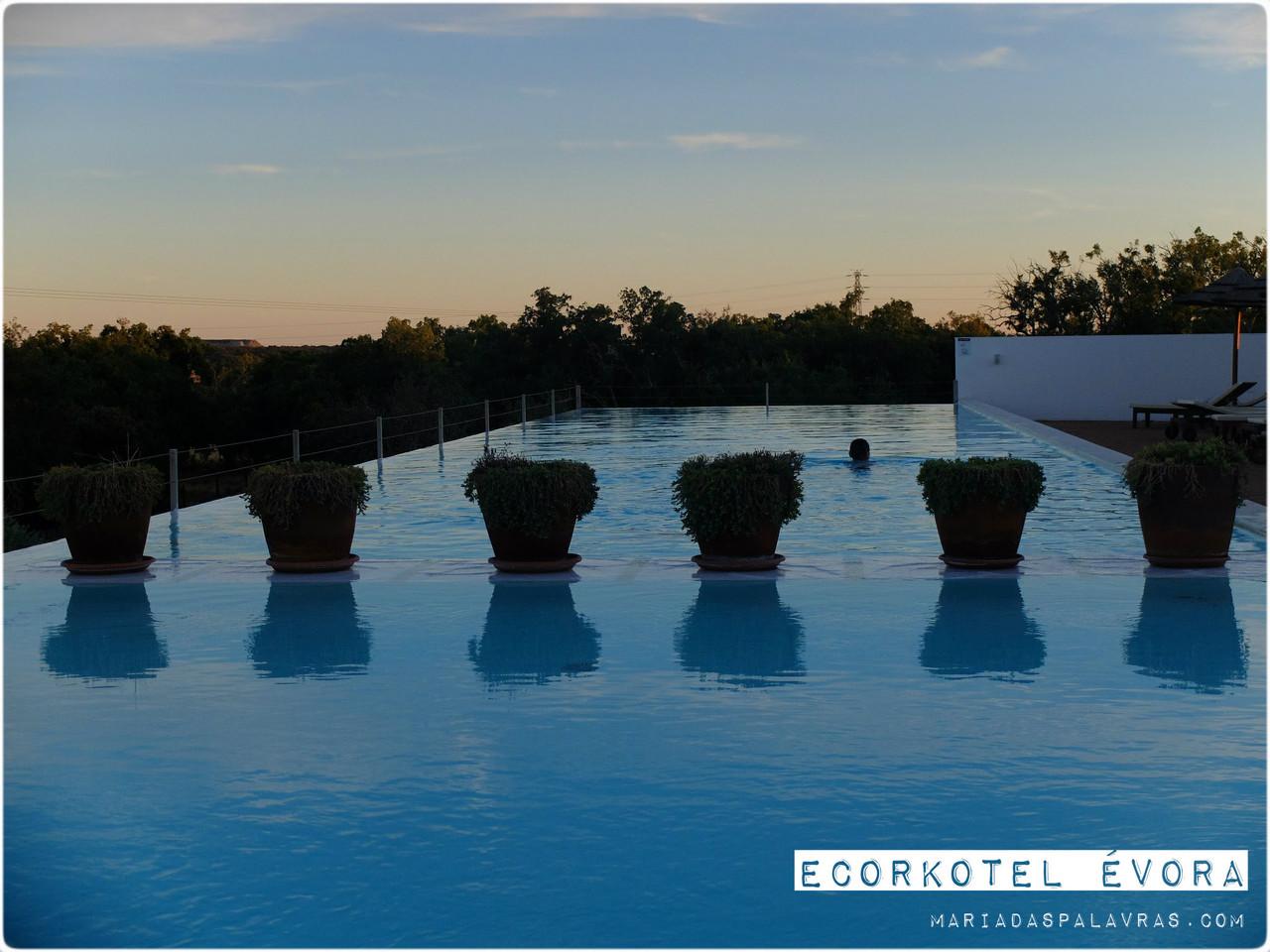 Ecorkhotel Évora Suites & SPA 4* | 1 a 7 Noites com Opção Meia-Pensão ou Massagem | Odisseias | Maria das Palavras