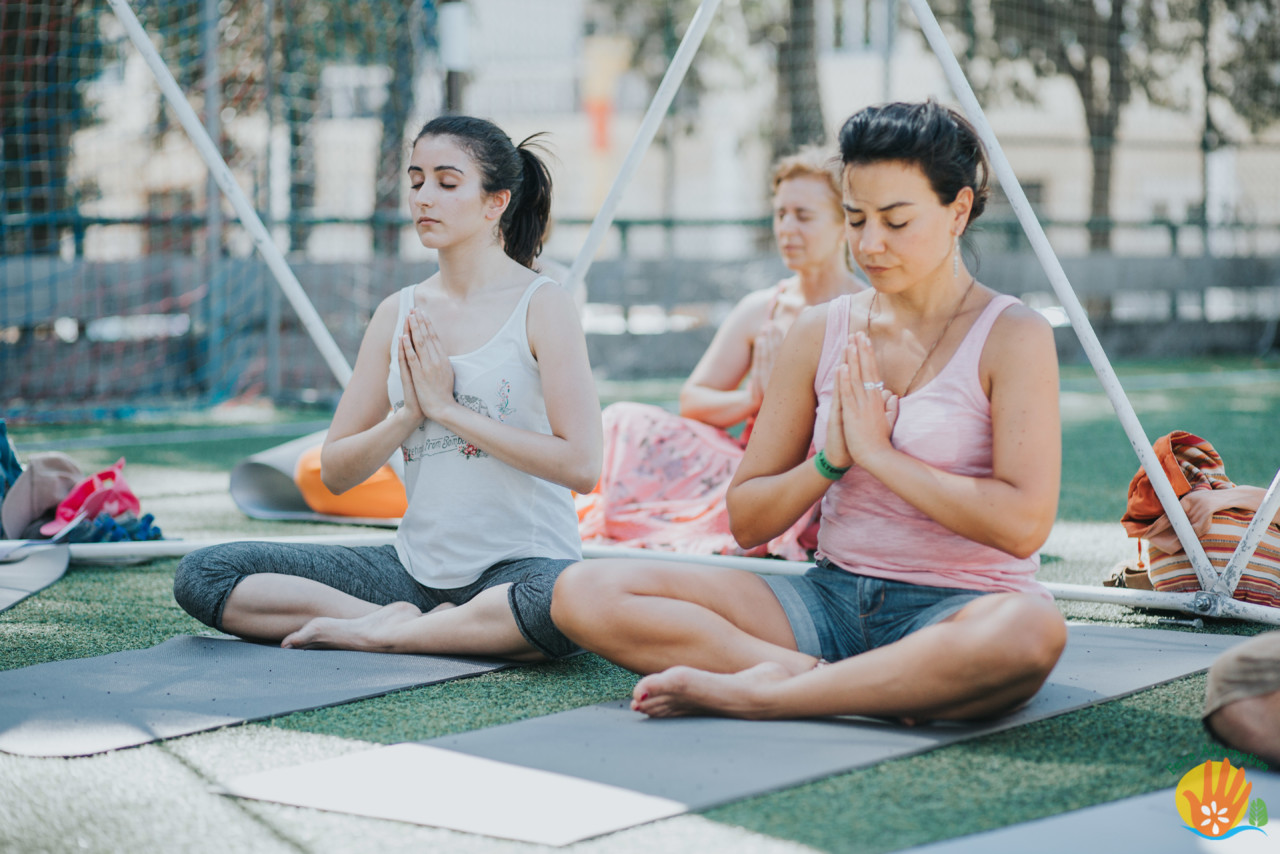 FA 2016 Yoga Classes.jpg