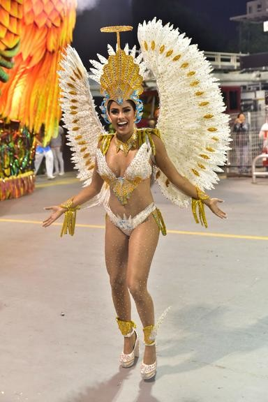 Munik Nunes (Carnaval S.Paulo 2020).jpg