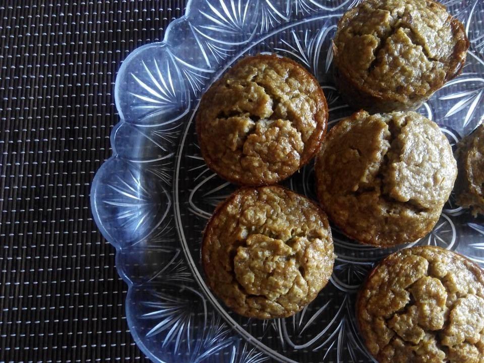 Muffins de aveia e banana - receitas em poucas letras | Maria das Palavras