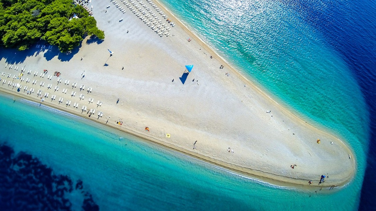 beaches-europe--Zlatni-rat-croatia-GettyImages-537