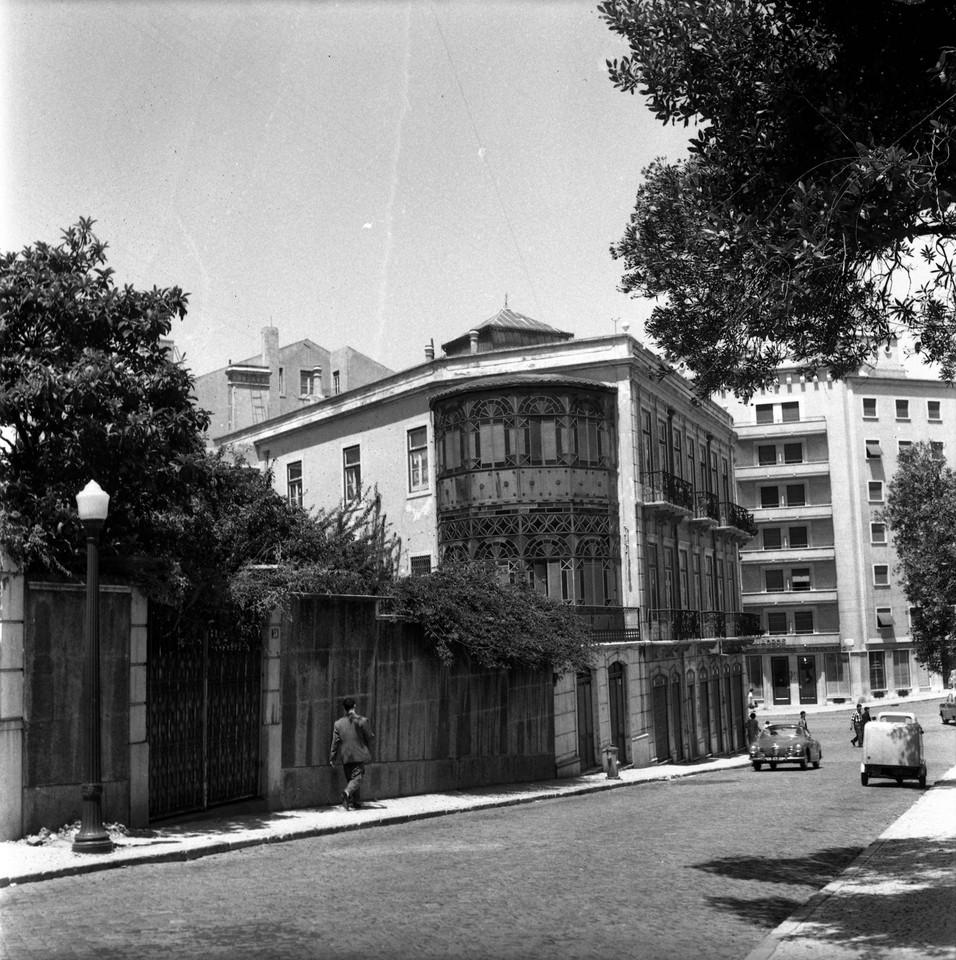 Rua dos Açores, 59 e seguintes, Lisboa (A. J. Fernandes, 1961)