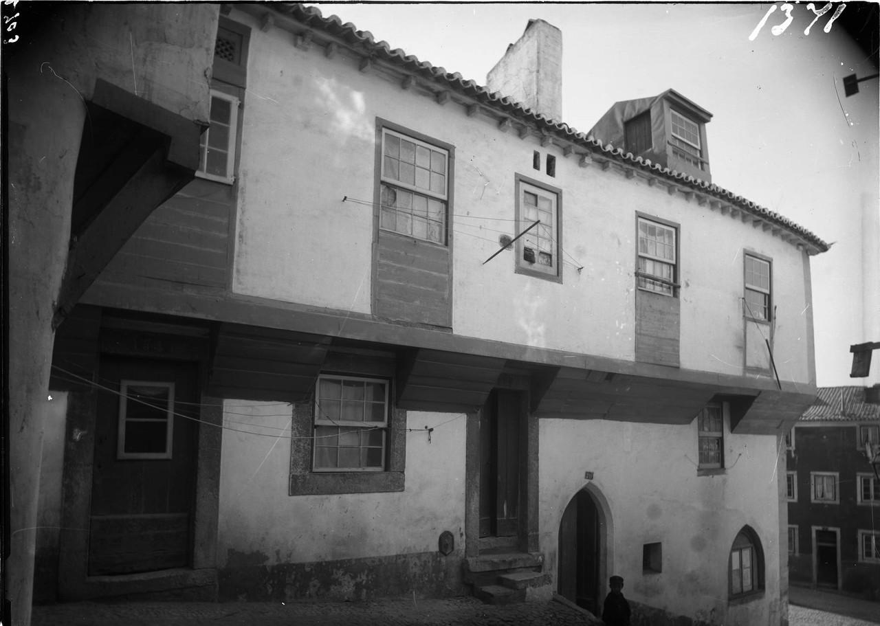 Rua da Achada, 1901, foto de Machado & Souza.jpg