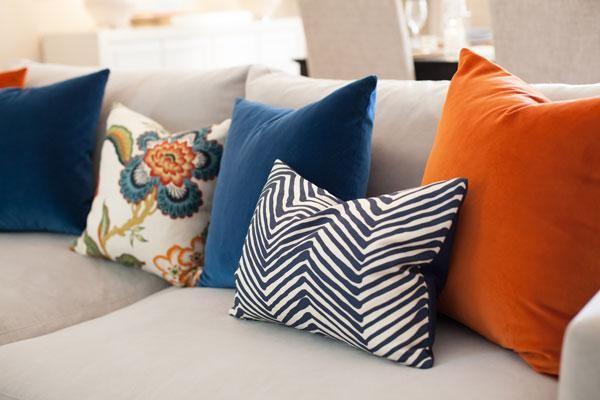 fall-decor-update-arianna-belle-pillows_3.jpg
