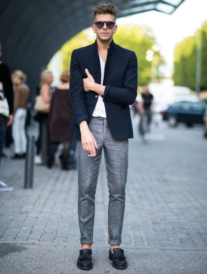 blazer-t-shirt-loafers-men.jpg